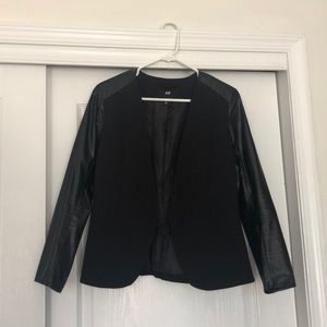 Blazer with leather sleeves